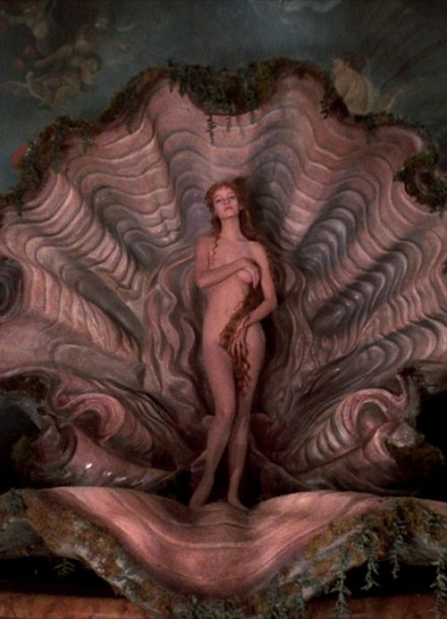 Uma Thurman, The Adventures oBaron Munchausen by Terry Gilliam