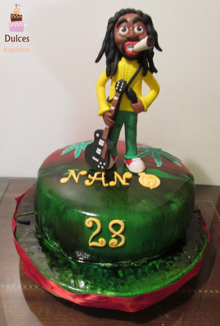 Torta Bob Marley #TortaBobMarley #TortasDecoradas #DulcesKaprichos