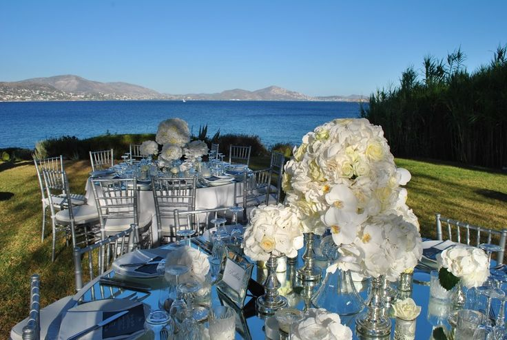 flowers Papadakis est 1989   weddings events decorations   διακοσμήσεις γάμων δεξιώσεων  info@flowers4u.gr  www.flowers4u.gr  Ζησιμοπουλου  91 Π.Φαληρο  Τ 2109426971   οργάνωση επιμέλεια DePlanV