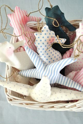 Really cute hand sewn beach ornaments. | ♥ byhomely.com ♥ UK based home style blogger/retailer