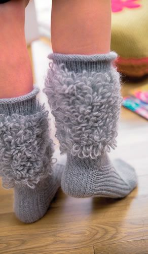 Free Knitting Pattern For Moon Socks : Moon socks. these are so fun!! Just socks Pinterest Fun, Knitting and F...