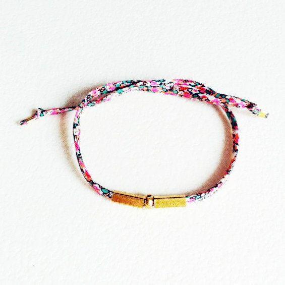 Bracelet Aalsmeer par LaetiGrena sur Etsy, €19.00
