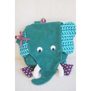 """Un sac à dos maternelle"""" éléphant bleu"""" , les enfants vont l' adopter pour l'école , le sport, les virées... Un sac à dos maternelle pas comme les autres qui fera fureur à l'école."""