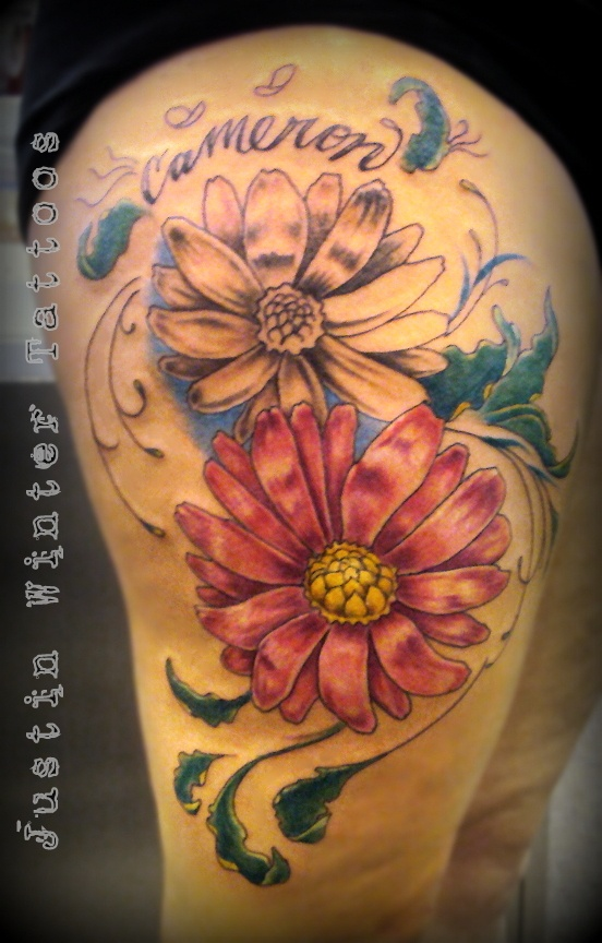 Best 25 flower thigh tattoos ideas on pinterest for Tattoos on old saggy skin