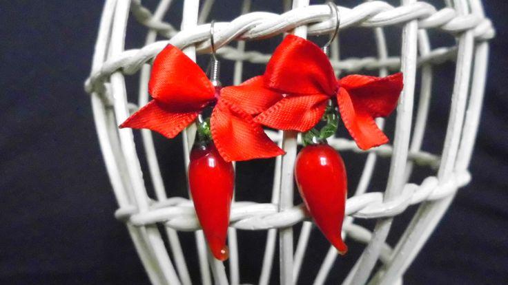 Orecchini con peperoncini in vetro di Murano rosso, orecchini artigianali, orecchini in vetro Murano. Fatti a mano, pronto per la spedizione di SaraDollFashion su Etsy