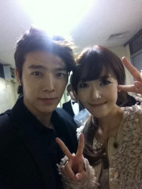 """Donghae, fanlar arasında yapılan """"I Got A Boy Klibindeki En Güzel Üye"""" anketinde Jessica'ya oy verdi."""