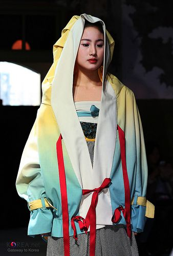 Hanbok Fashion Show 2013 in Seoul