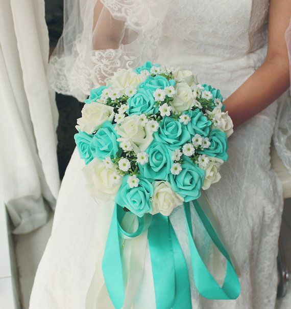 Turquoise Green White Wedding Bouquet, Turquoise Flowers Bridal Bouquet, Wedding Centerpieces, Decorations,Silk Ribbon Fake Flower Bouquets  The bouquet width is about 24cm, theres 24 roses in it.   Color: Turquoise Green & Ivory   It takes 2-3 days to finish the bouquet, and it takes 9-15 business days to customers to receive the flowers after payment done.  Please contact us if theres any question :)