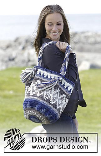 Ravelry: 181-8 a Adventure Awaits Bag pattern by DROPS design