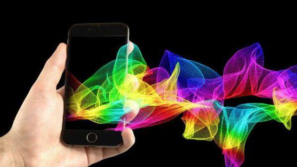 Si hay un sector que evoluciona a un ritmo infernal, es el de la telefonía móvil. Otros que en su día lideraron la vanguardia tecnológica se encuentran un poco más estancados, como por ejemplo los ordenadores o la informática pura y dura. Por su parte las tablets se desinflan poco a poco y van abandonando el carro de la compra.Tan rápido evolucionan nuestro smartphones que ni siquiera nos hemos dado...