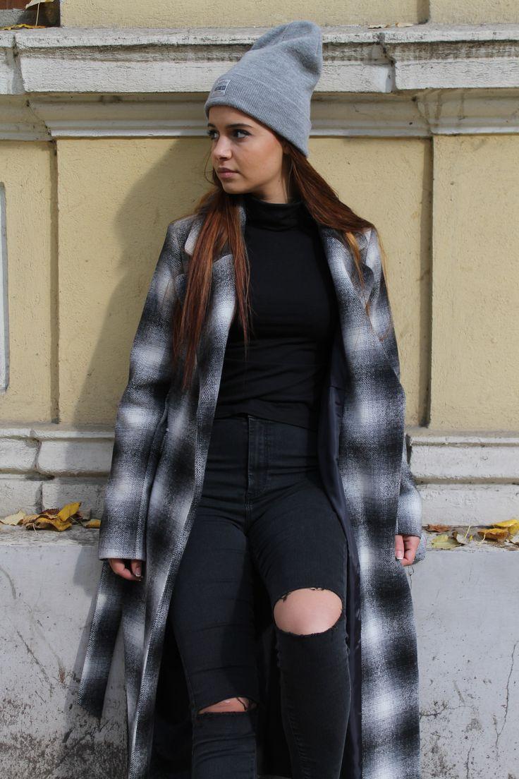 http://www.womanfashion.ro/paltoane-online/palton-lung-cu-croiala-lejera-4091