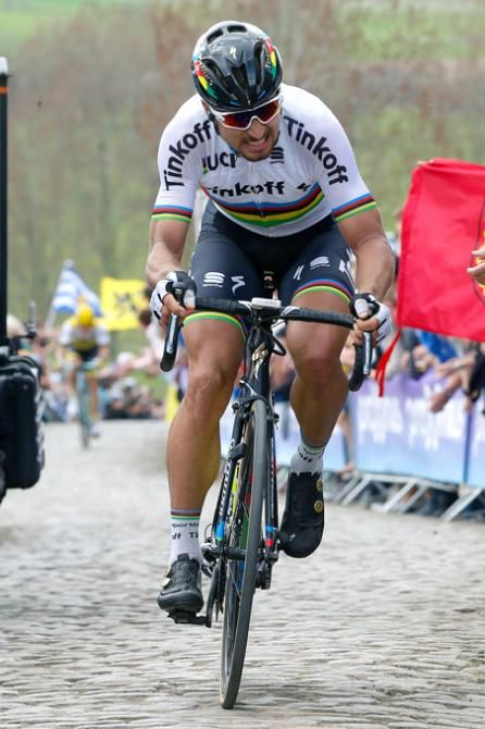 Peter Sagan in control at the Tour of Flanders 2016 (Bettini Photo)