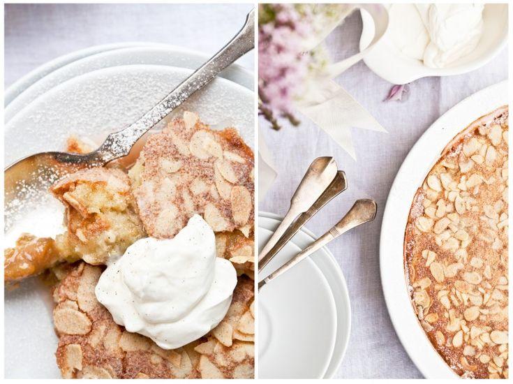 Rebarborovo-jablečný mandlový koláč