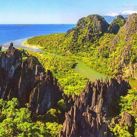 East Coast of New Caledonia: a completely different landscape. Limestone rocks and UNESCO World Heritage lagoon  So many places to discover on such a little island  I love you #MyNewCaledonia !  #Hienghene #MyNCAir  Lagons de Nouvelle-Calédonie (Facebook).