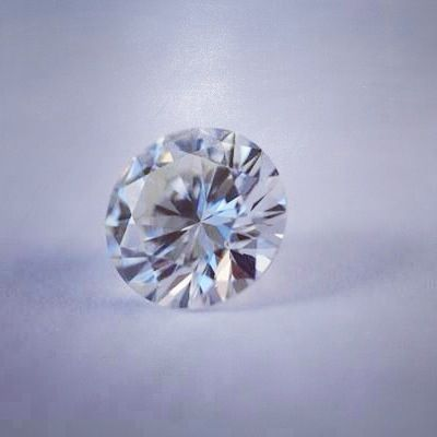 Beautiful 2.21Ct #RoundBrilliant #Diamond - Perfectly Cut Stone! Could be the main feature of an incredible #engagementring