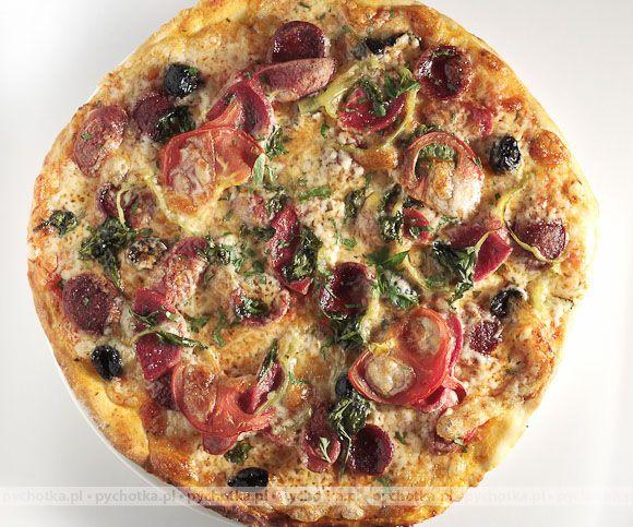 Pizza na grubym naleśniku Juliana