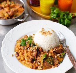 En mild men smakrik indisk gryta, som blir oväntat god för att vara så lättlagad.
