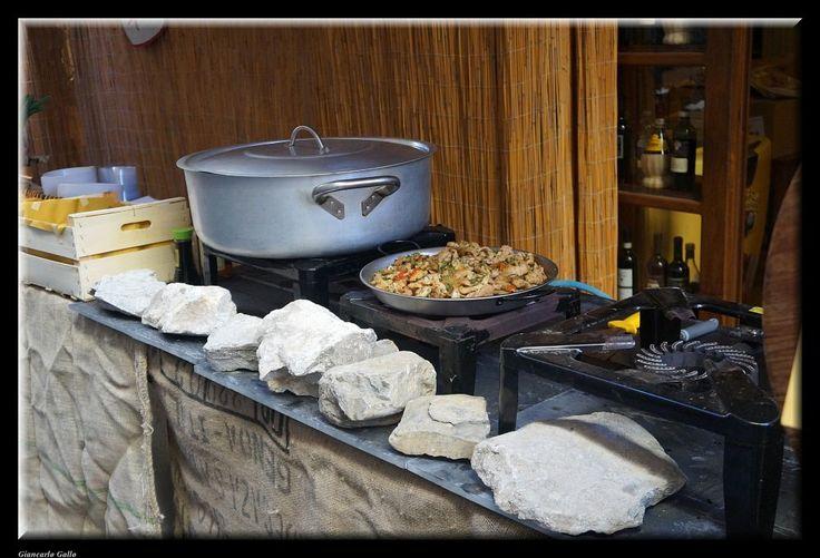 Street food by Giancarlo Gallo