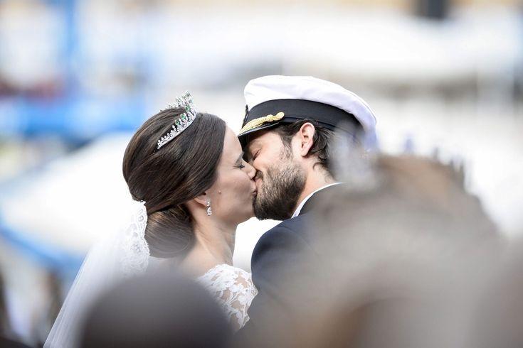СТОКГОЛЬМ, ШВЕЦИЯ. Бракосочетание: принц Карл Филипп и София Хелльквист. 13.06.2015.