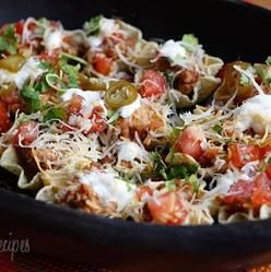 Skinny Loaded Nachos with Turkey, Beans and Cheese | Skinnytaste ...