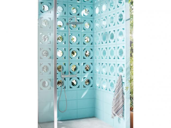 Live a beautiful life outdoors. Built from 316 Marine Grade Stainless Steel, the Milli Inox Wall Mounted Twin Rail Shower with 300 Overhead Shower will withstand the harsh Australian environment while delivering stunning architectural design.