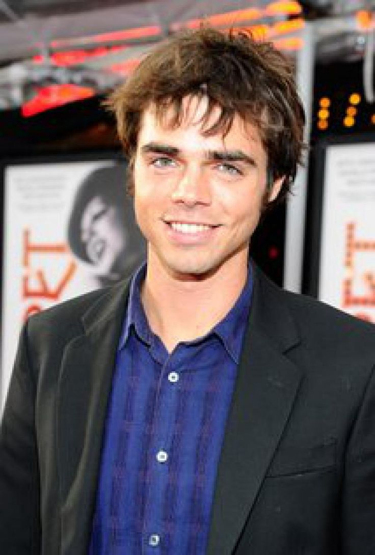 Reid Ewing | Actor | Body Dysmorphic Disorder | Addiction (Plastic Surgery)