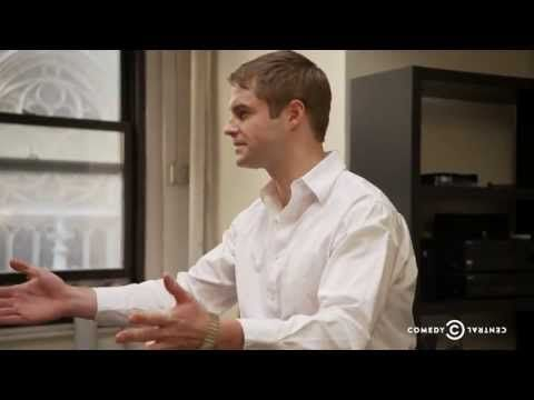 ▶ Uncensored - Inside Amy Schumer - 2 Girls 1 Cup - YouTube