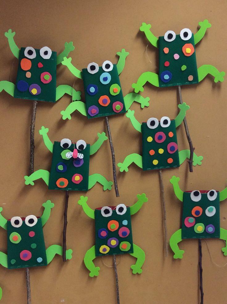 8 best lavoretti per bambini con bottiglie di plastica images on pinterest recycling crafts - Casa plastica per bambini ...