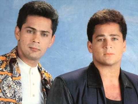 Não olhe assim Leandro & Leonardo - YouTube