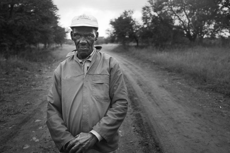 Making street portraits (with the Fuji x100) | Neill Soden is a photographer currently living in South Africa. He has a Fuji X100 and shares how he makes his portraits with the camera