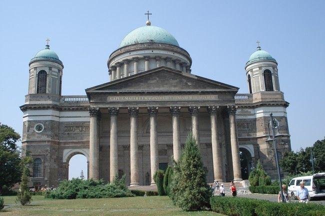 Hongarije 2006 Ezstergom. Indrukwekkend bouwwerk. De dom van Esztergom.