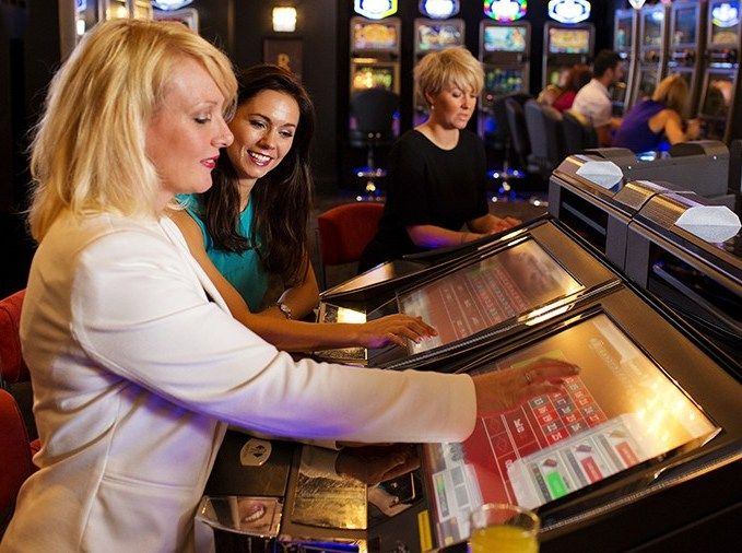 Our online casino reviews priority is focused on trusted and reputable sites. Get the latest bonuses, casino phone numbers, and blacklisted sites. #casino #slot #bonus #Free #gambling #play #game #girl