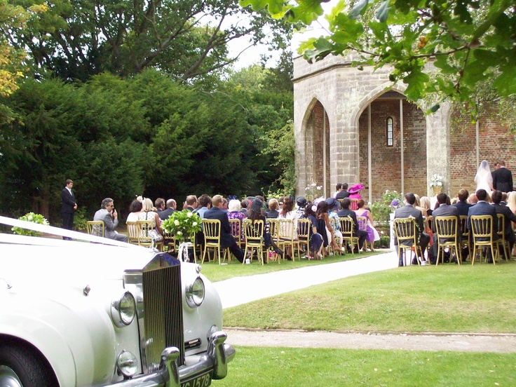 Chiddingstone Castle wedding with the Rolls Royce Silver Cloud.