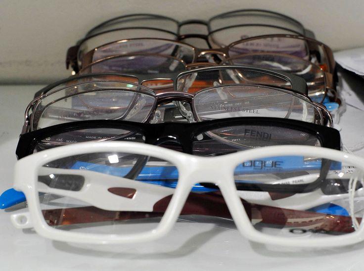 Moda, occhiali da sole protagonisti dell'export  http://news.google.com/news/url?sa=t&fd=R&ct2=it&usg=AFQjCNF6Et8Pfkt2PQZmGgQvRR7CqJls1Q&clid=c3a7d30bb8a4878e06b80cf16b898331&cid=52780284032050&ei=0nS1WIjHH8XT3gGP6ZCIDw&url=http://www.ladige.it/popular/mode/2017/02/26/moda-occhiali-sole-protagonisti-export