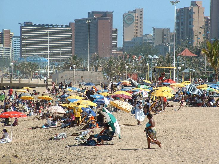 https://flic.kr/p/mWEQw | Durban Beachfront Christmas Day 2002 | No 'Chestnuts roasting by an open fire' here!