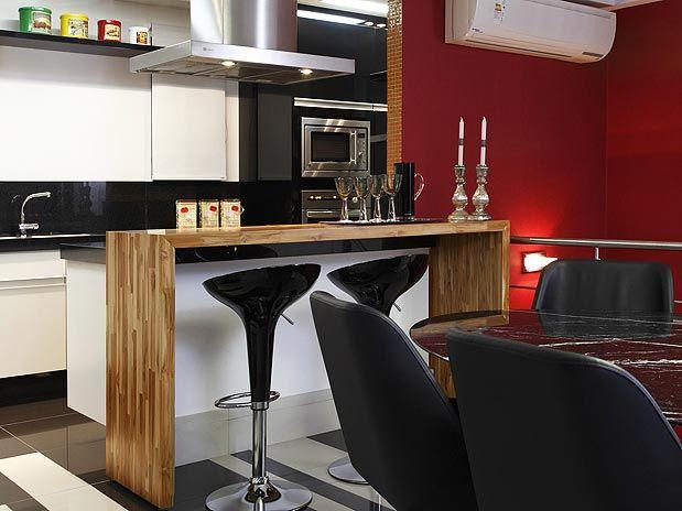 Confira dicas, ideias e sugestões para não errar na hora da decorar sua cozinha americana.