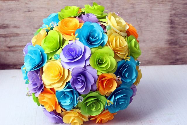 Paper flowers....by www.thepaperflorists.com