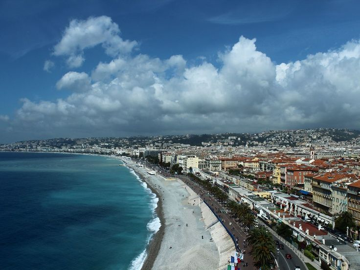 Any trip to the Côte d'Azur should begin with a stop in Nice, overlooking the sparkling waters of the Mediterranean. Start with a climb up to La Colline du Château (Castle Hill) to see what the the fuss is about. Once you get to the top, panoramic views of the Baie des Anges, Old Town, Nice's boardwalk, and the varied and vibrant architecture abound. While a few crumbling walls are all that remain of the namesake castle on the hill, there is a verdant park that's perfect for picnicking or…
