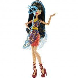 05.06.17 Jucarii fetite papusa Monster High Cleo de Nile Mattel