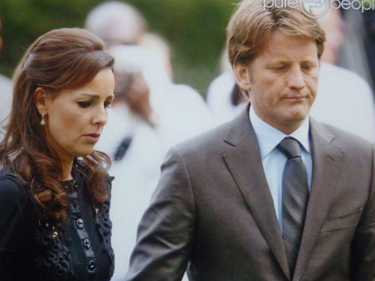 PC en Anita bij de herdenking van de slachtoffers Koninginnedag 2009 Apeldoorn.