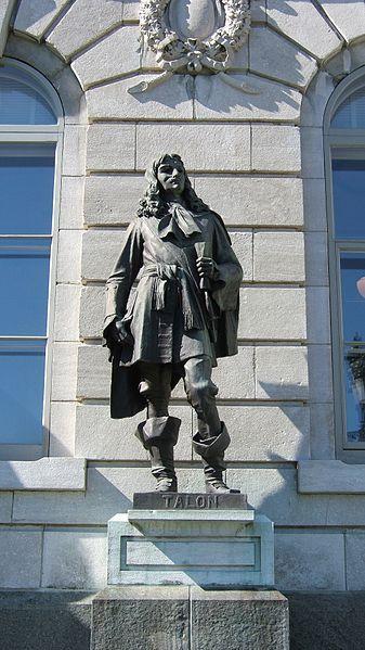 Statue de Jean Talon devant le Parlement de Québec