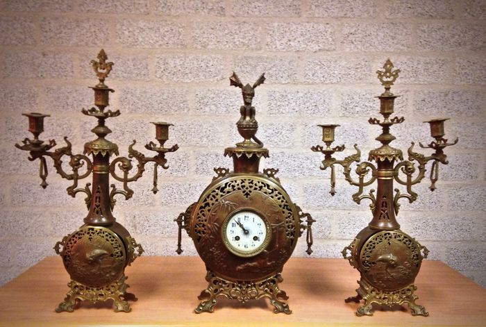 LARGE MANTEL CLOCK WITH MATCHING CANDLESTICKS - ORIENTAL DECOR | Germany | 1900's | #Catawiki Online Auctions