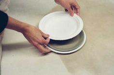 Make plate by sandwiching slab between paper plates.