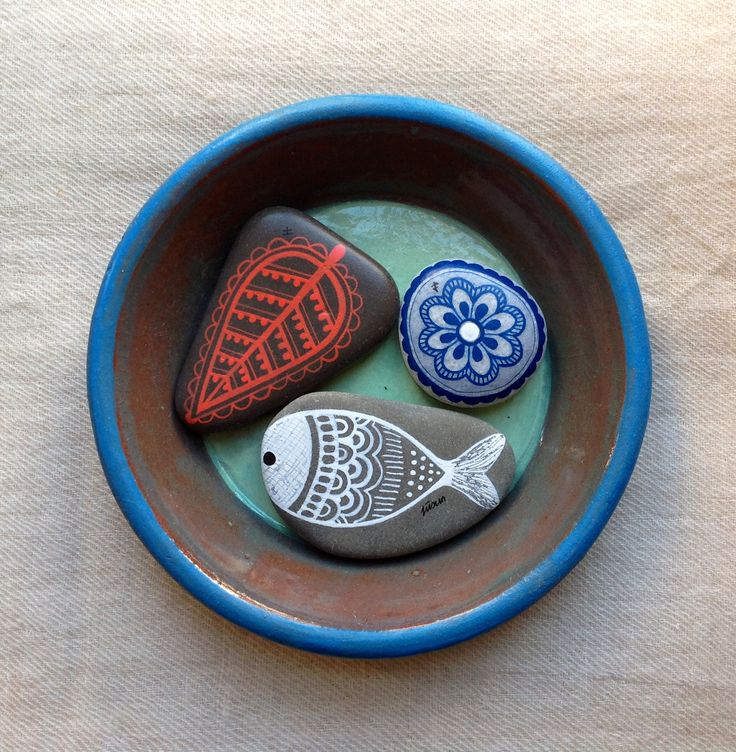 Painted stones,  acrylic ink...by ZEUSTONES
