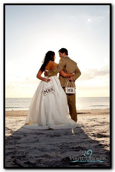 #wedding: At The Beaches, Pictures Ideas, Signs, Wedding Photography, Photo Ideas, Beach Weddings, Pics Ideas, Beaches Wedding, Photography Ideas