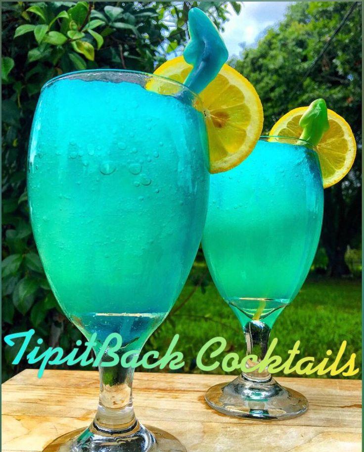Zombie Shark Lemonade 2 oz Barcardi Rum 3 oz Lemonade 3 oz Bacardi Zombie 1/2 oz Blue Curaçao *Build in blender with ice then drizzle blue Curaçao over top.*