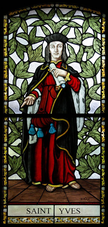Chapelle St-Yves, en Saint-Clet (22), vitrail Mackenzie.