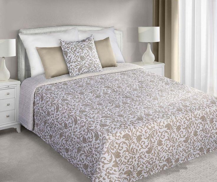 Oboustranný vzorovaný přehoz bílo béžový na manželskou postel