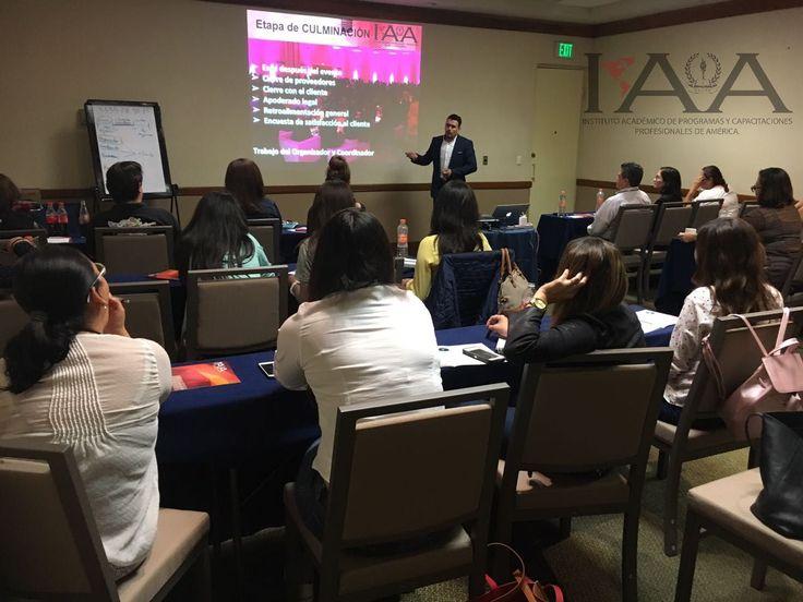 Sesionando Curso de Organización de Eventos Sociales en Monterrey #sesionando #institutoiaa #lovewhatyoudo #emprendeiaa