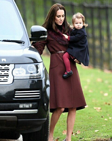 Kate, William, George And Charlotte Attended Christmas Church Service In Berkshire #katemiddleton #princewilliam #princegeorge #princesscharlotte